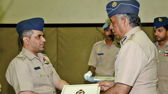 RAFO Commander gives away merit certificates