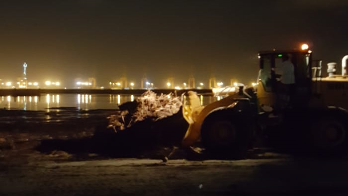 Raysut fishing port cleared up after Cyclone Mekunu in 20 hours flat