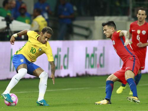 نيمار يحمل على عاتقه آمال البرازيل في الثأر واستعادة المجد