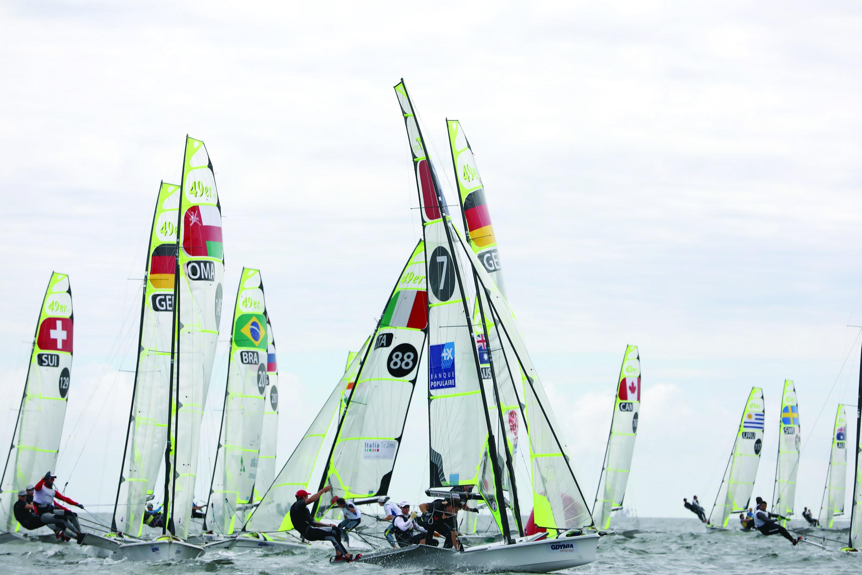 فريق عُمان للإبحار لقوارب 49 يقدّم مستوياتوأداءً عالياً خلال منافسات البطولة الأوروبية
