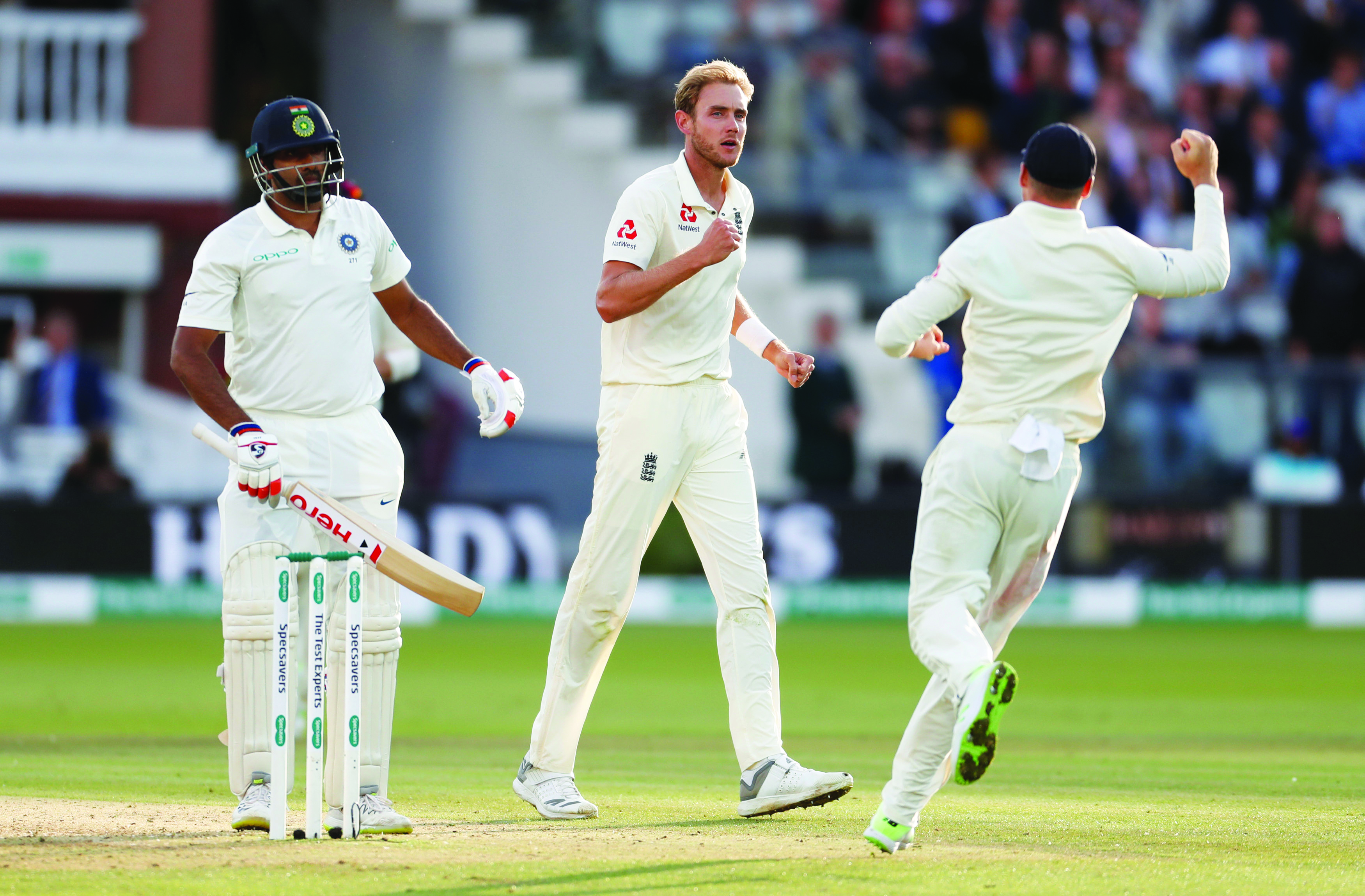Cricket: Broad propels England to victory over India