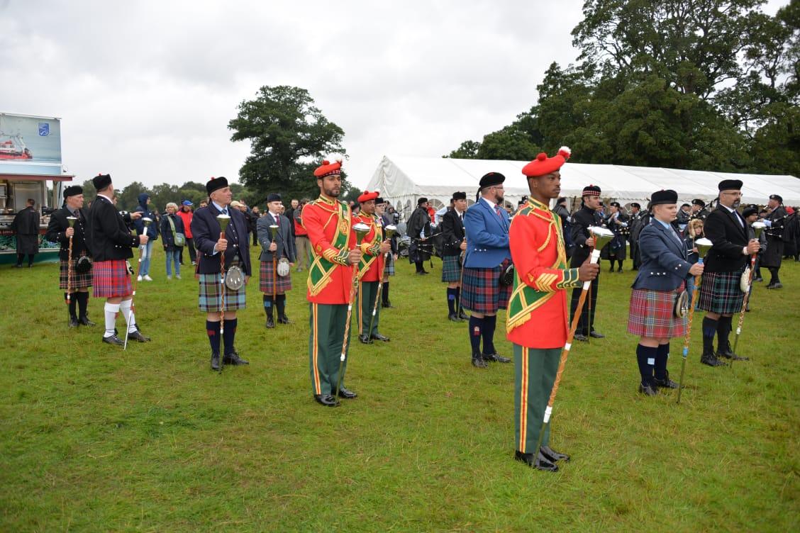 موسيقى الجيش السلطاني تحقق المركز الأول في مسابقتي العزف وقادة الطوابير في اسكتلندا