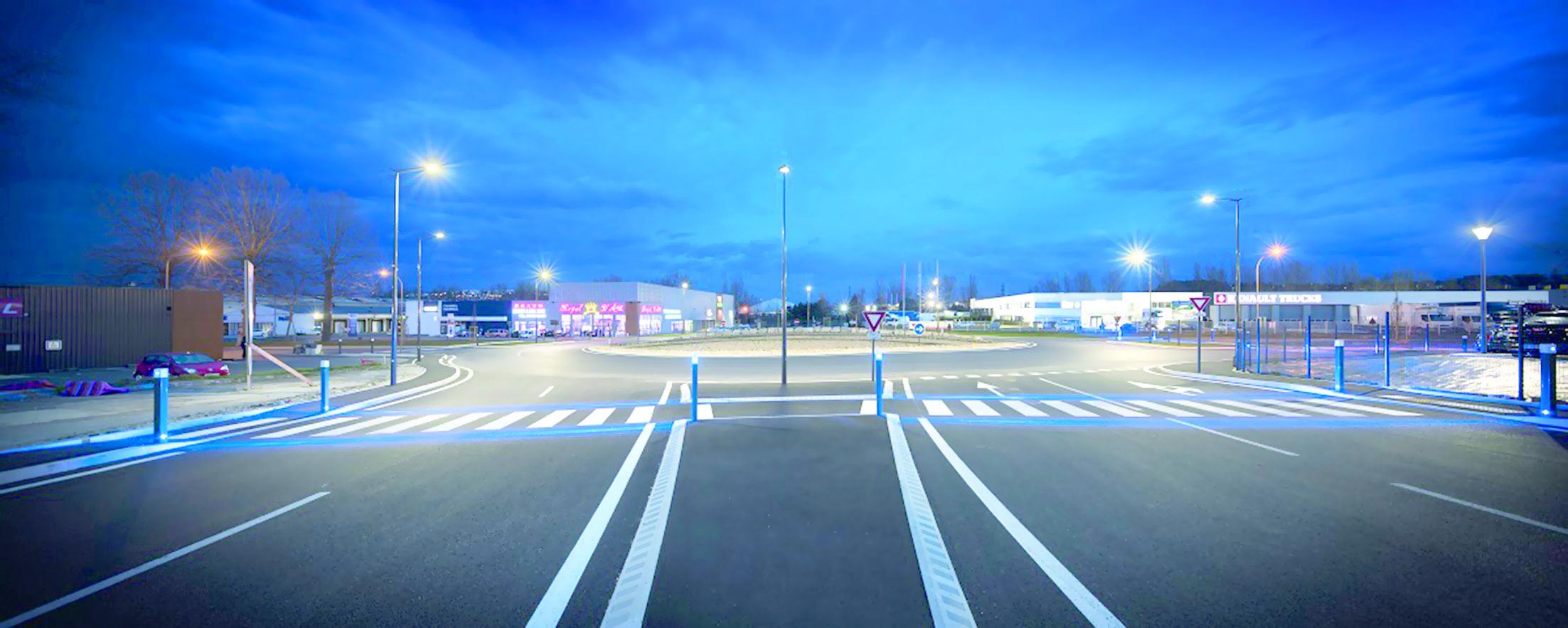 معرض الإضاءة يجذب رواد شركات الإنارة الأوروبية