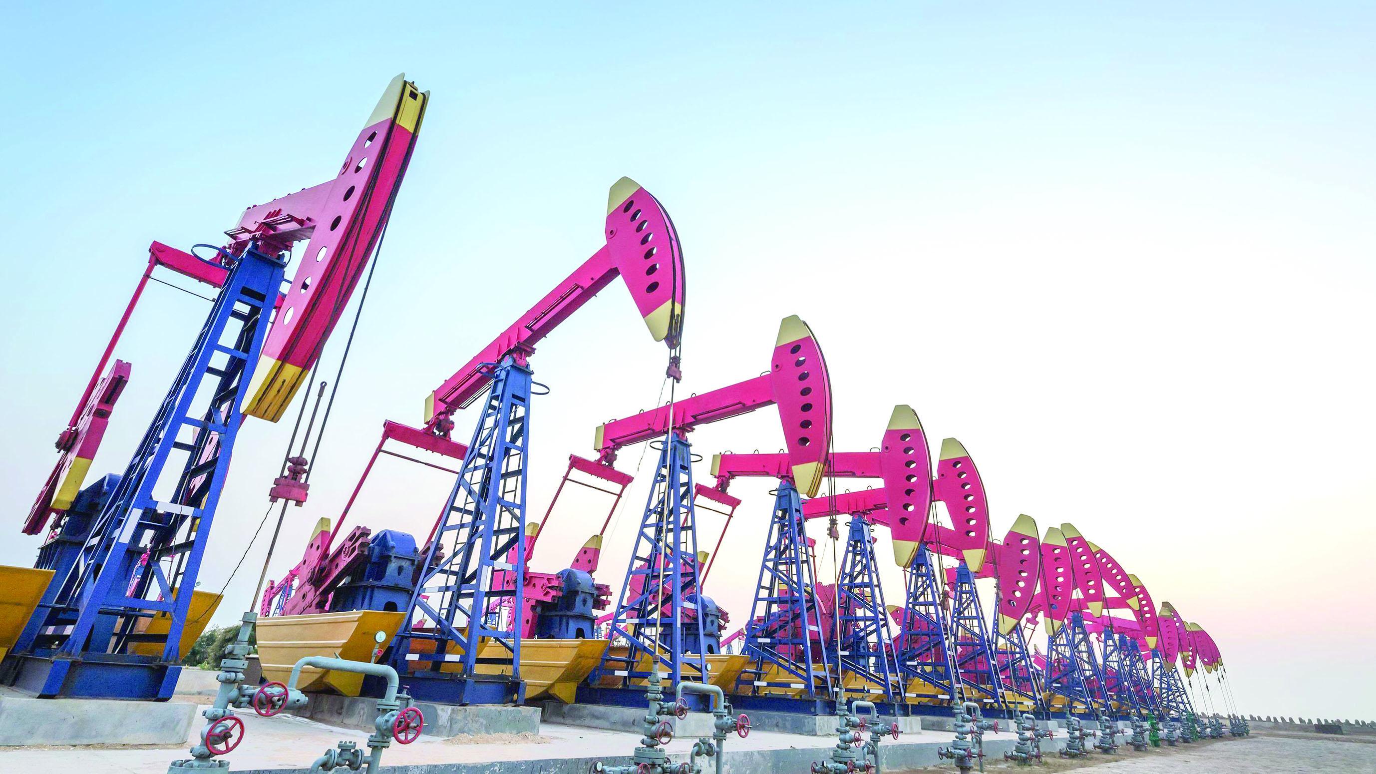 مؤتمر ومعرض النفط الثقيل.. غدًا