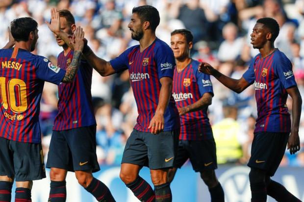 تعرف على التشكيلة المتوقعة لبرشلونة وآيندهوفن في دوري الأبطال