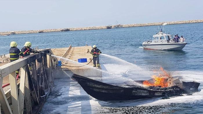 Fire breaks out on boat in Oman
