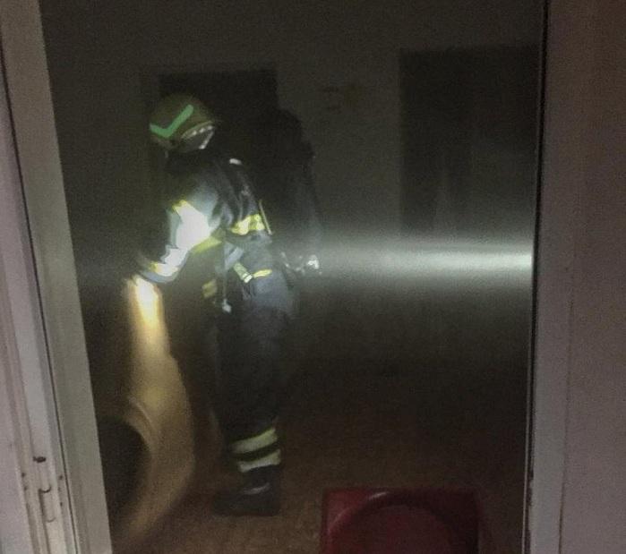 إصابة طفلة بحريق منزل في شناص