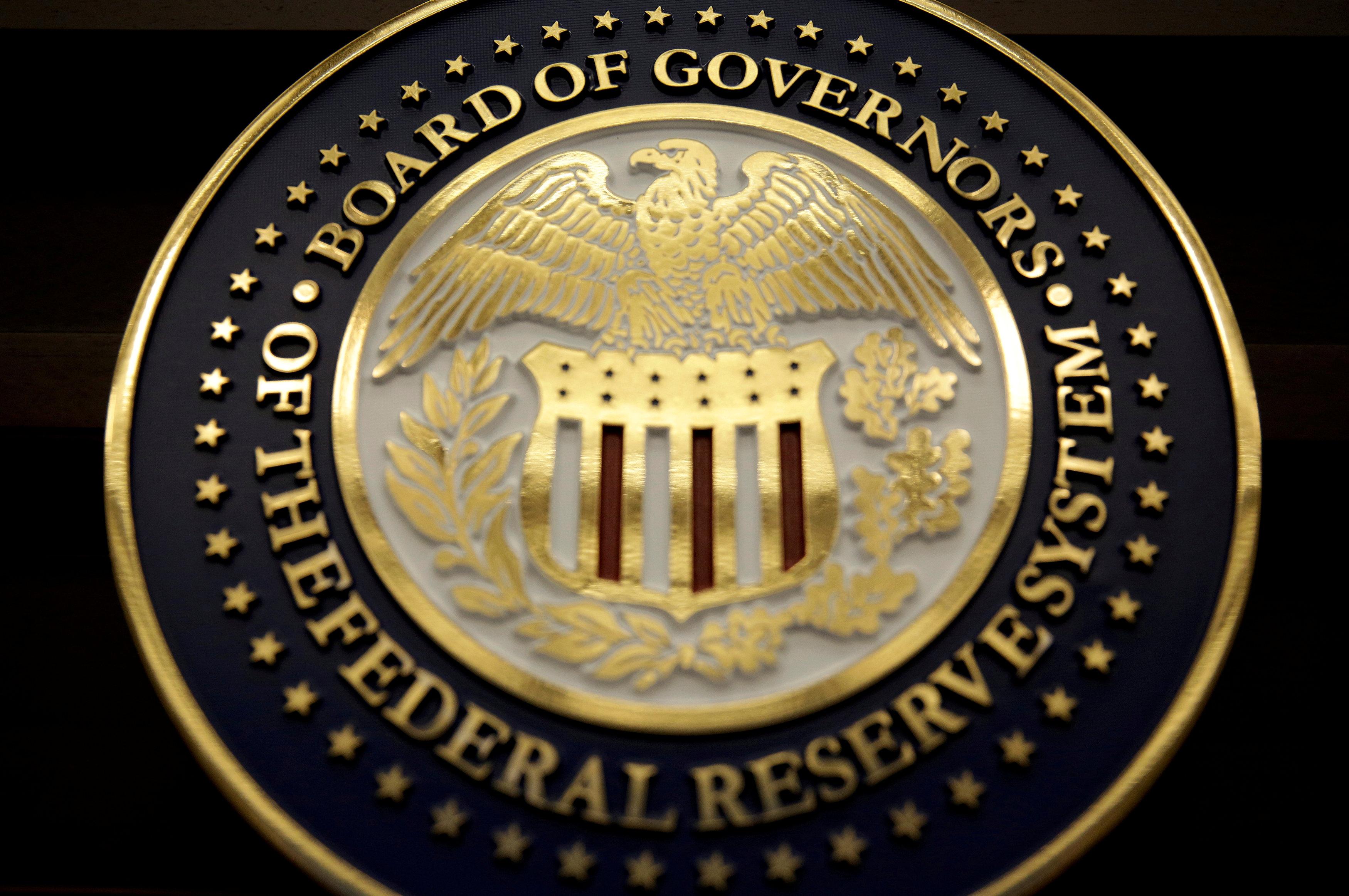 US government posts widest deficit since 2012