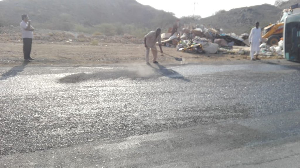 Oil spill cleared after truck overturns on Muscat road