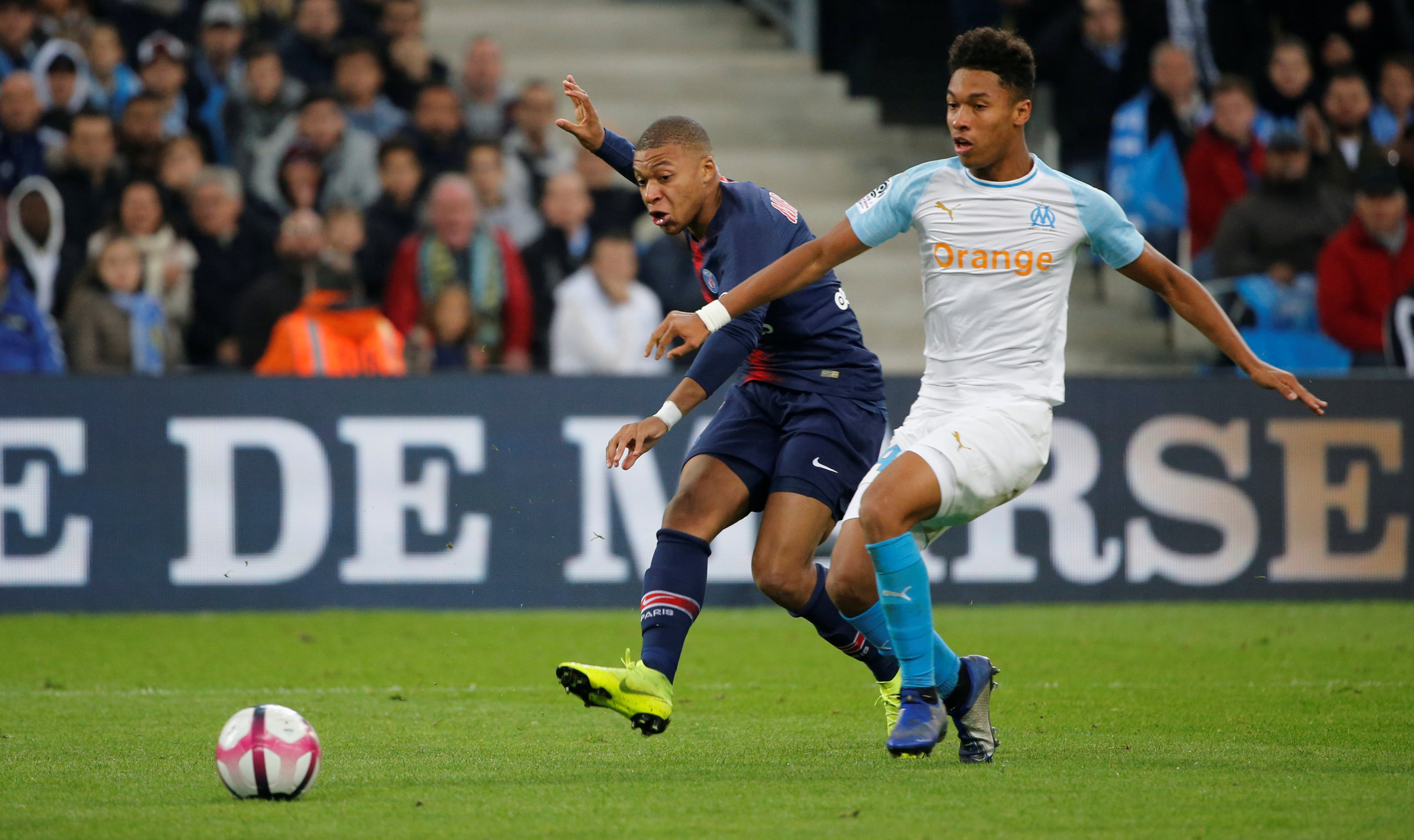 Football: PSG beat Marseille as both coaches sent off