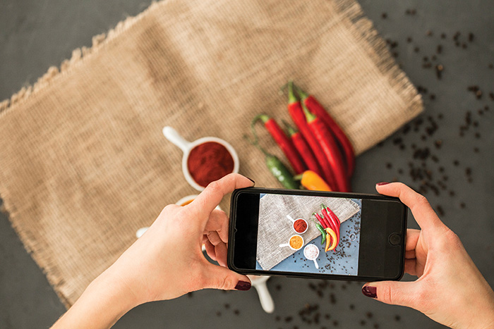 How to become a food blogger on Instagram