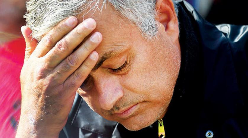 تقرير بريطاني عن إقالة مورينيو في نهاية الأسبوع يثير بلبلة