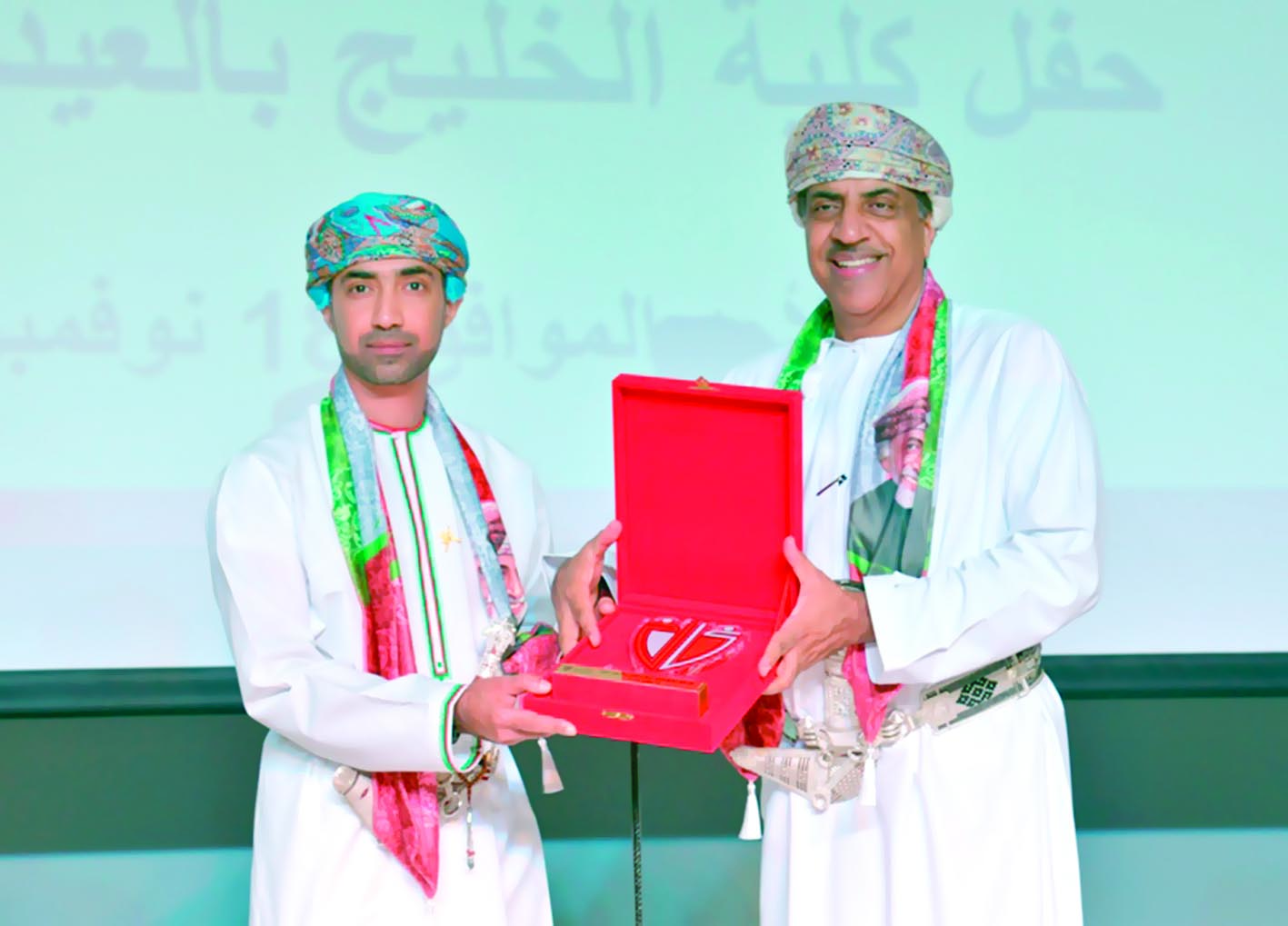 كلية الخليج تحتفل بالعيد الوطني الـ48 المجيد