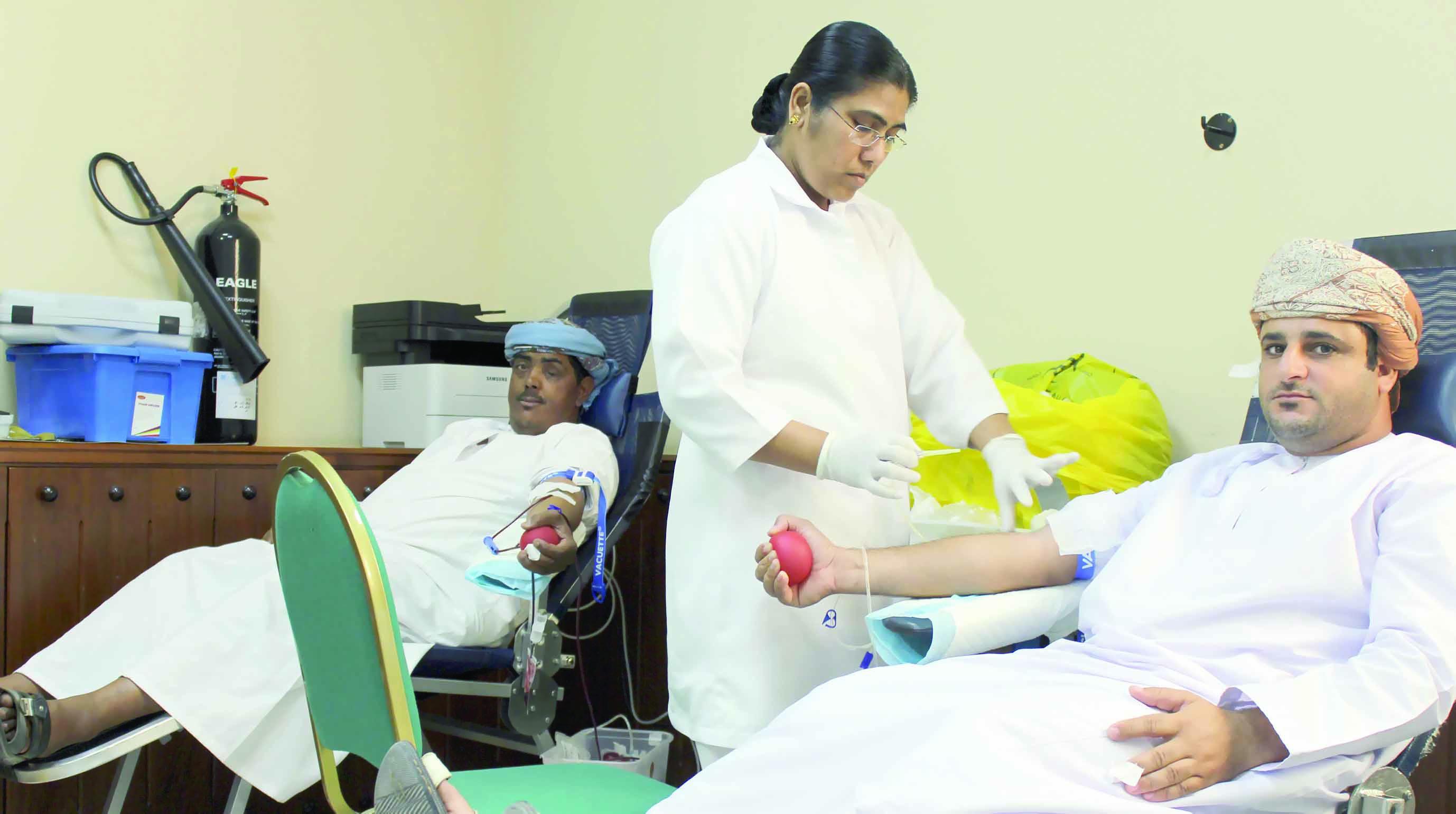د.خالد البلوشي: إنشاء قاعدة بيانات لمتبرعي الطوارئ..اليوم انطلاق المبادرة الوطنية للتبرع بالدم
