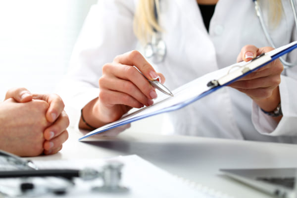 Ministry of Health releases new fees for medical examinations in Oman