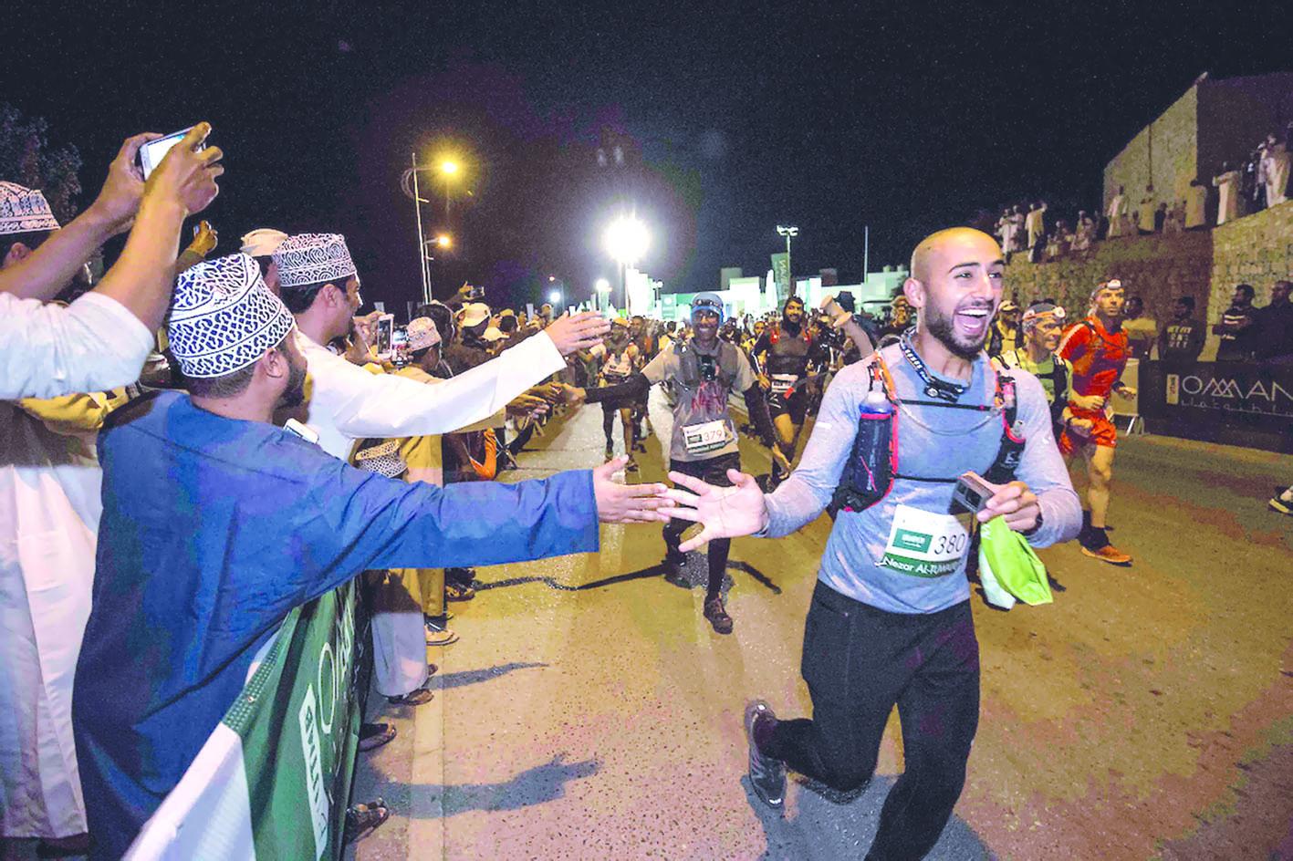 166 كيلومتراً مسافة تحدّي الجري الجبلي العالمي 2019