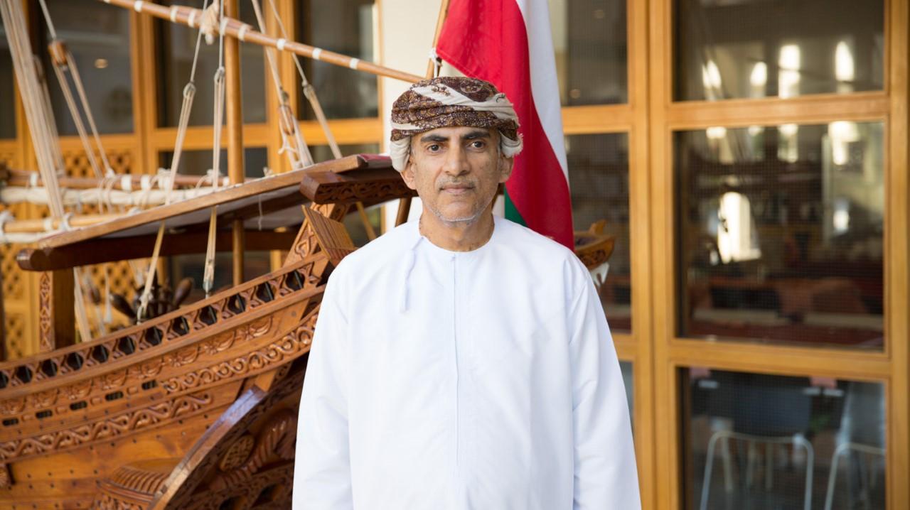 أكاديمي عماني تعتمده منظمة دولية كمدرب وممثل معتمد لها.. تعرفوا عليه