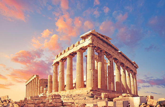 Top locations to go to during your family visit to Greece