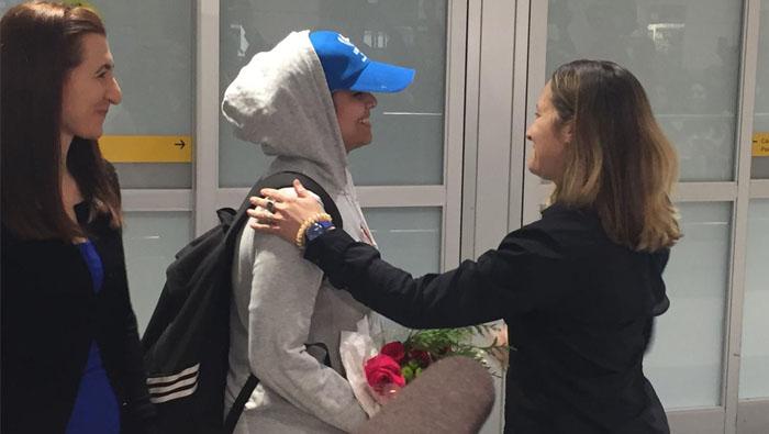 Runaway Saudi teen settles in Canada after being granted asylum