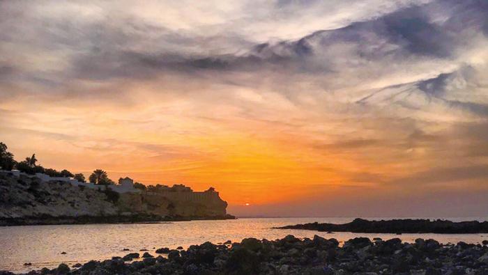 Scenic sunset in Qurum