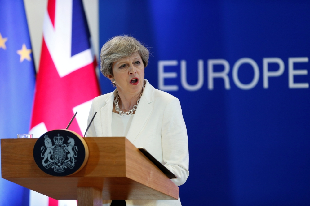 Theresa May fails in key Brexit vote
