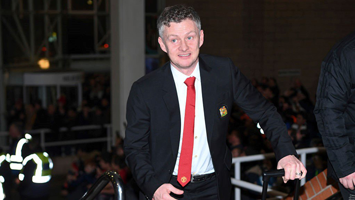 Football: Never let me go: Solskjaer wants to stay as Man United boss
