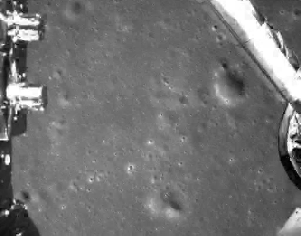 لأول مرة في تاريخ البشرية..مسبار يهبط على الجانب المظلم من القمر