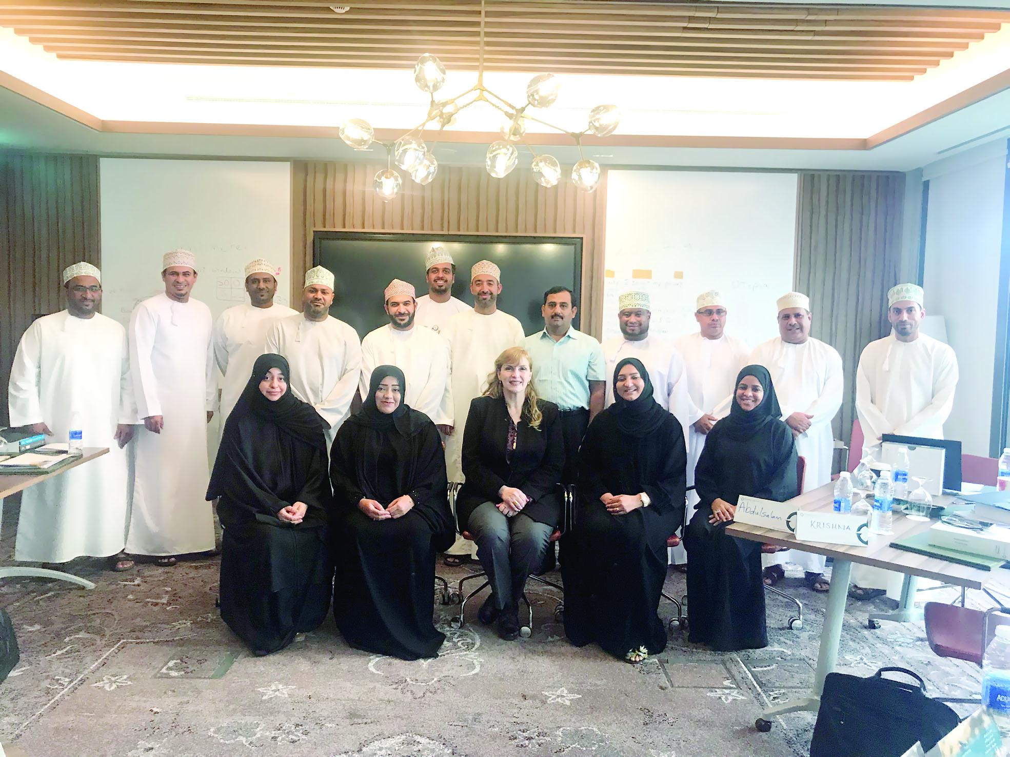 أربع أكاديميات للتدريب في عمانتل ترفد الموظفين بأحدث الممارسات العملية