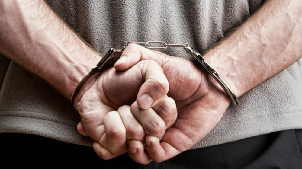 الشرطة تضبط آسيوي لسرقته كابلات في المضيبي