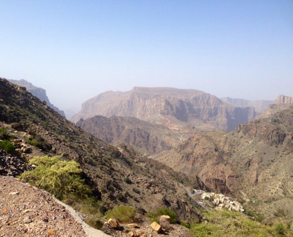 Dust warning issued across Oman