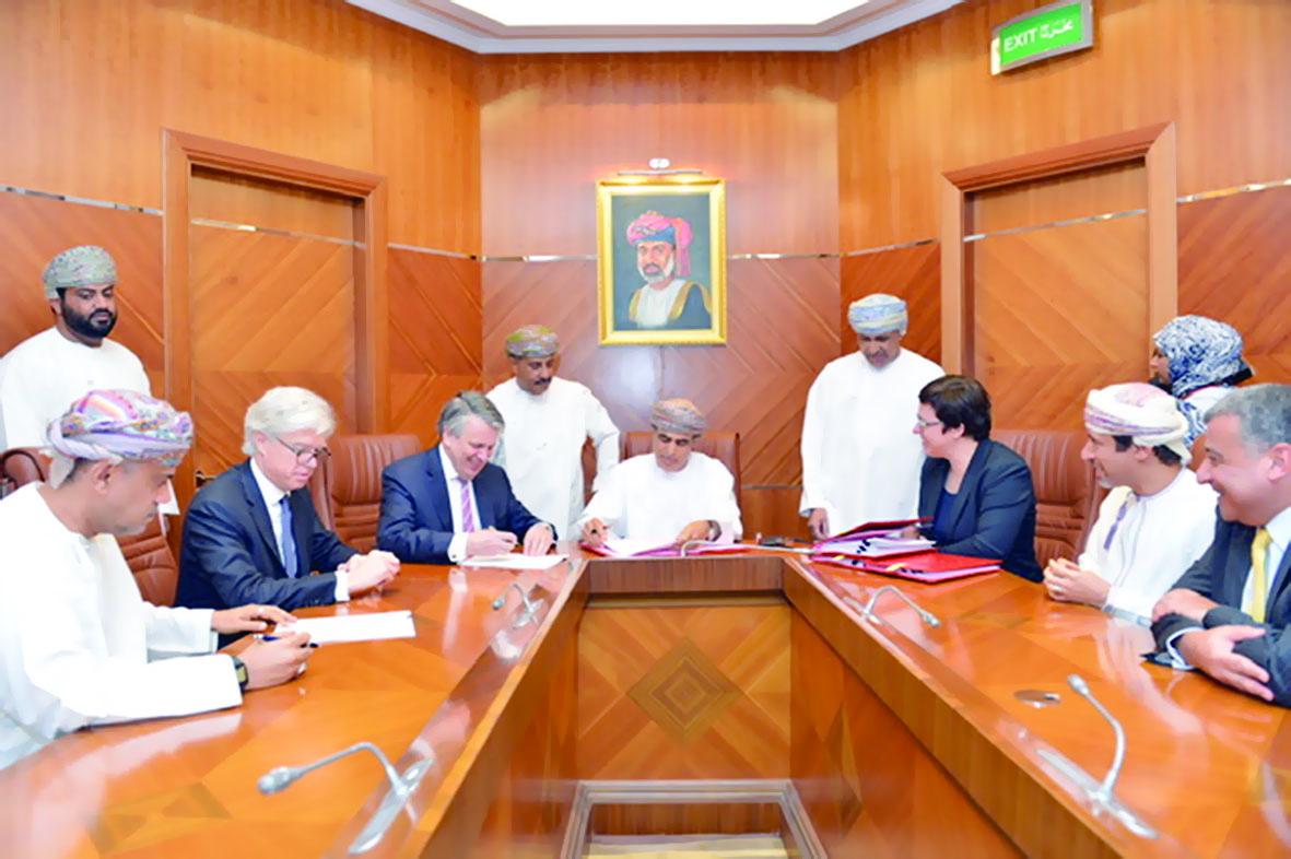 اتفاقية لتعزيز مشاريع تطوير وتكامل الطاقة بالسلطنة