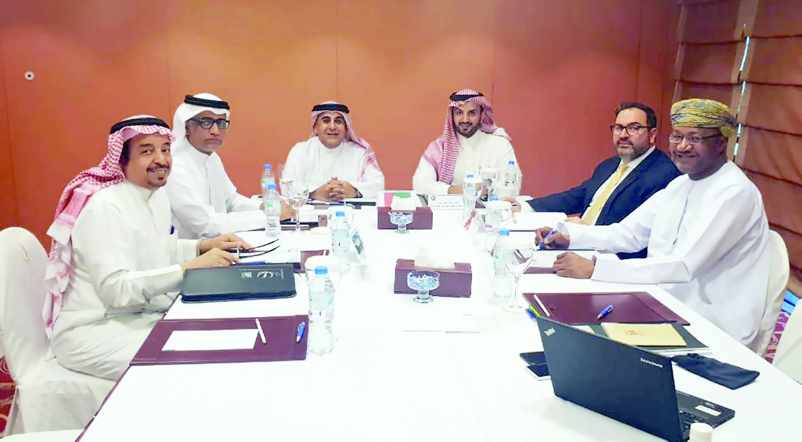 الحسني يشارك في اجتماعات اللجنة التنظيمية للسلة الخليجية بدبي
