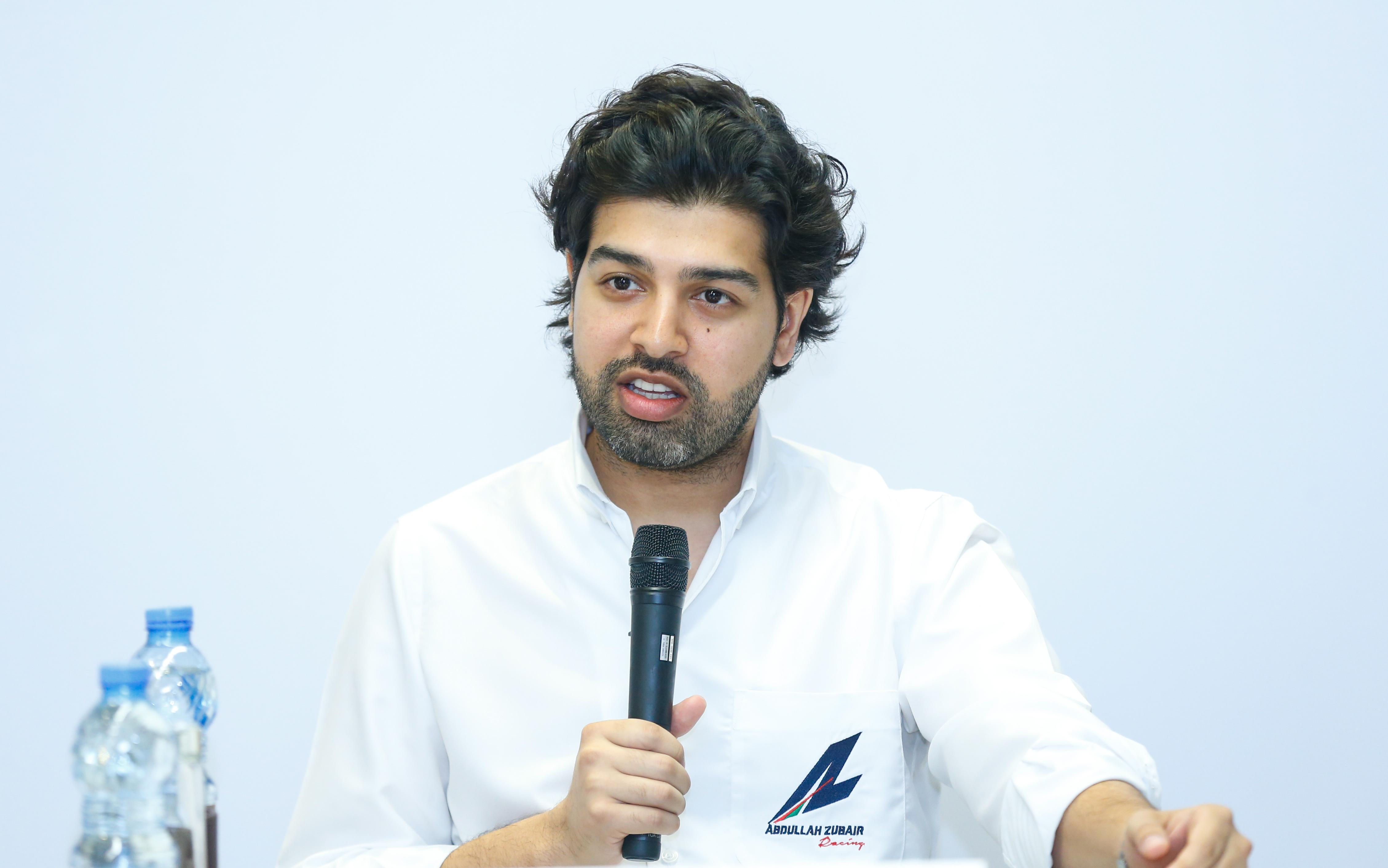 عبدالله الزبير يعلن مشاركته في الراليات الصحراوية  ورالي باها العالمي