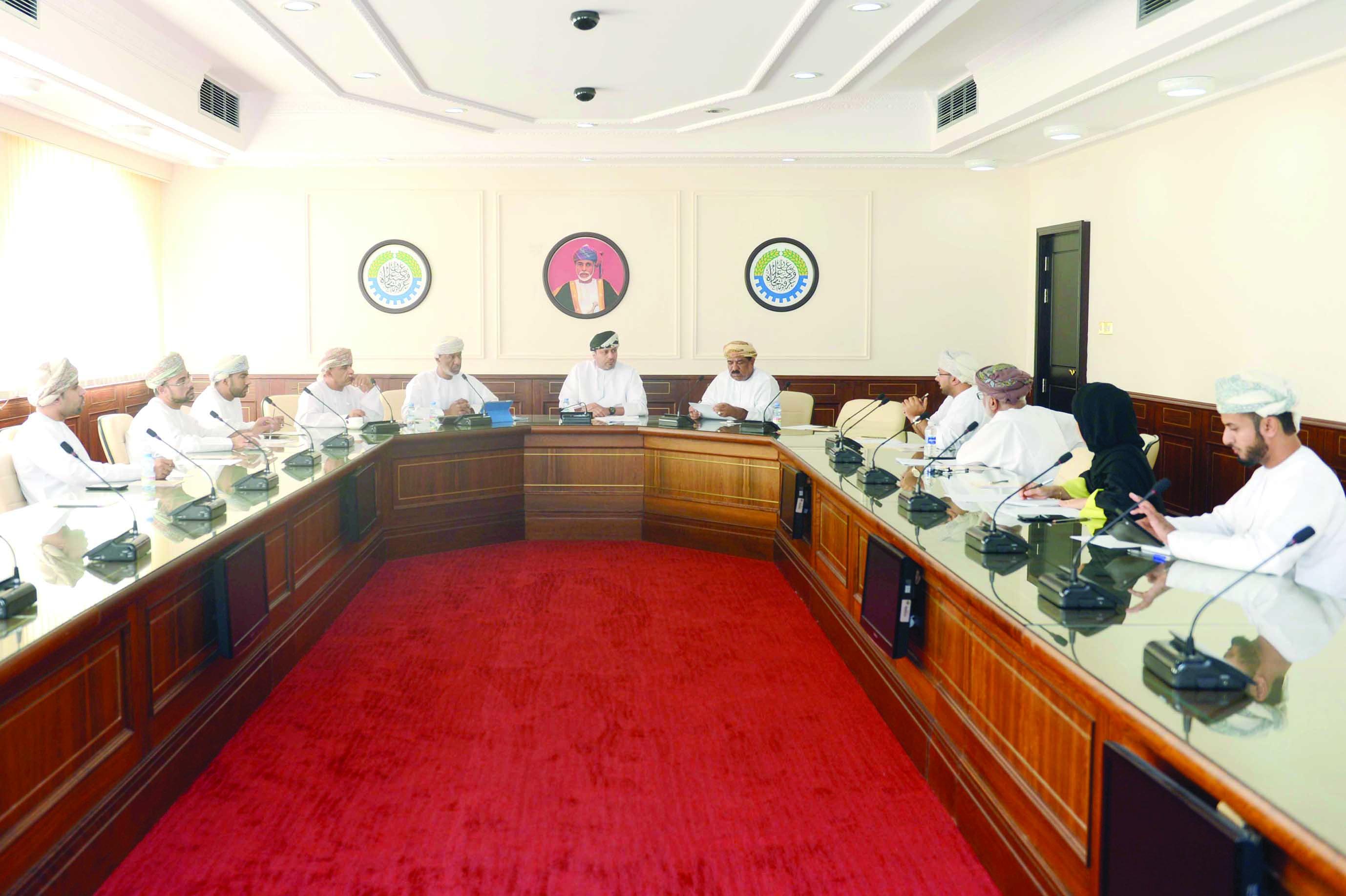 «الغرفة» تناقش الزيادات في رسومخدمات المؤسسات الصحية الخاصة