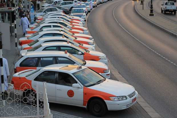 Ministry issues clarification on metered taxis in Oman