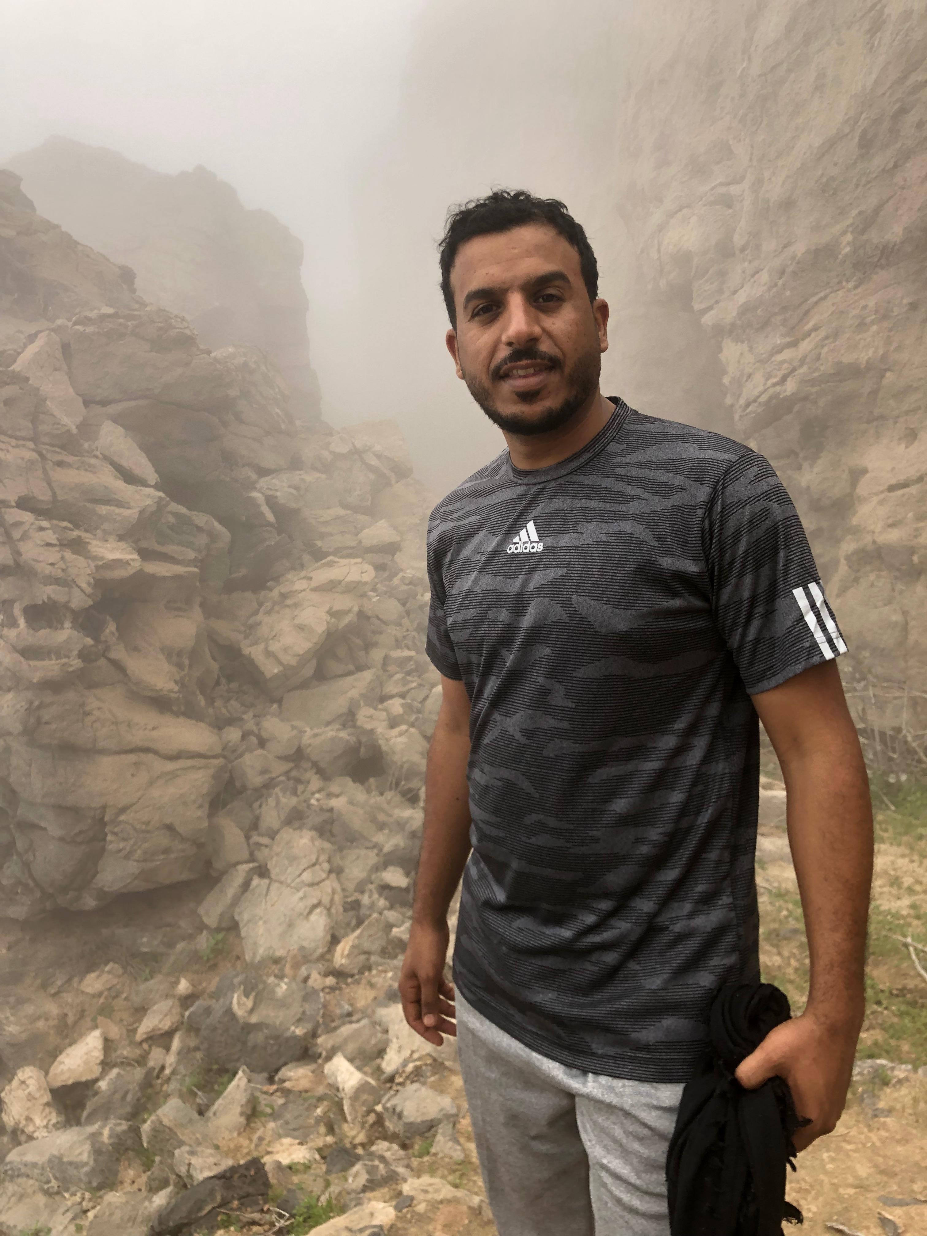 شاهد بالصور .. مسير إلى قمة جبل الزعتري