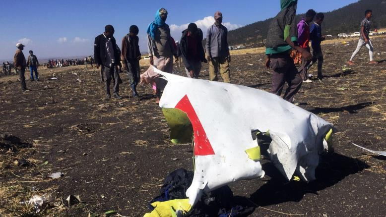 خلال بضعة أشهر تحطم طائرتان من طراز بوينج 737 ماكس8 والطيران العماني يعلق..