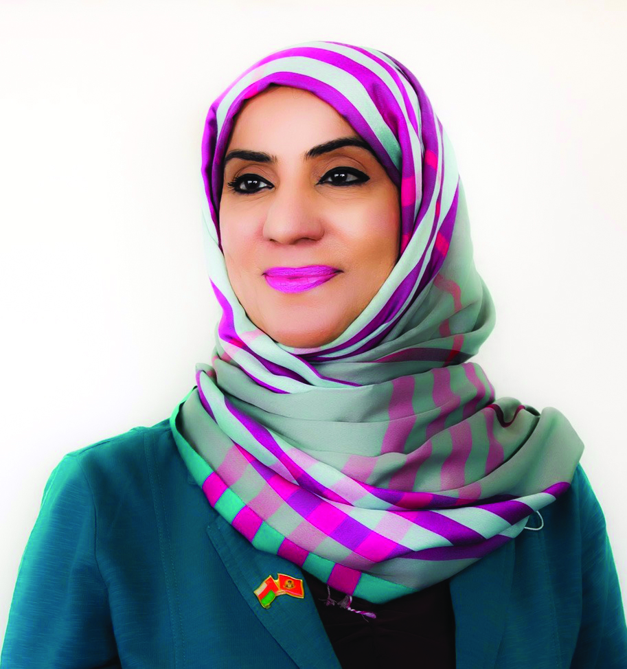 Omani artist launches initiative to boost tourism value of Imti