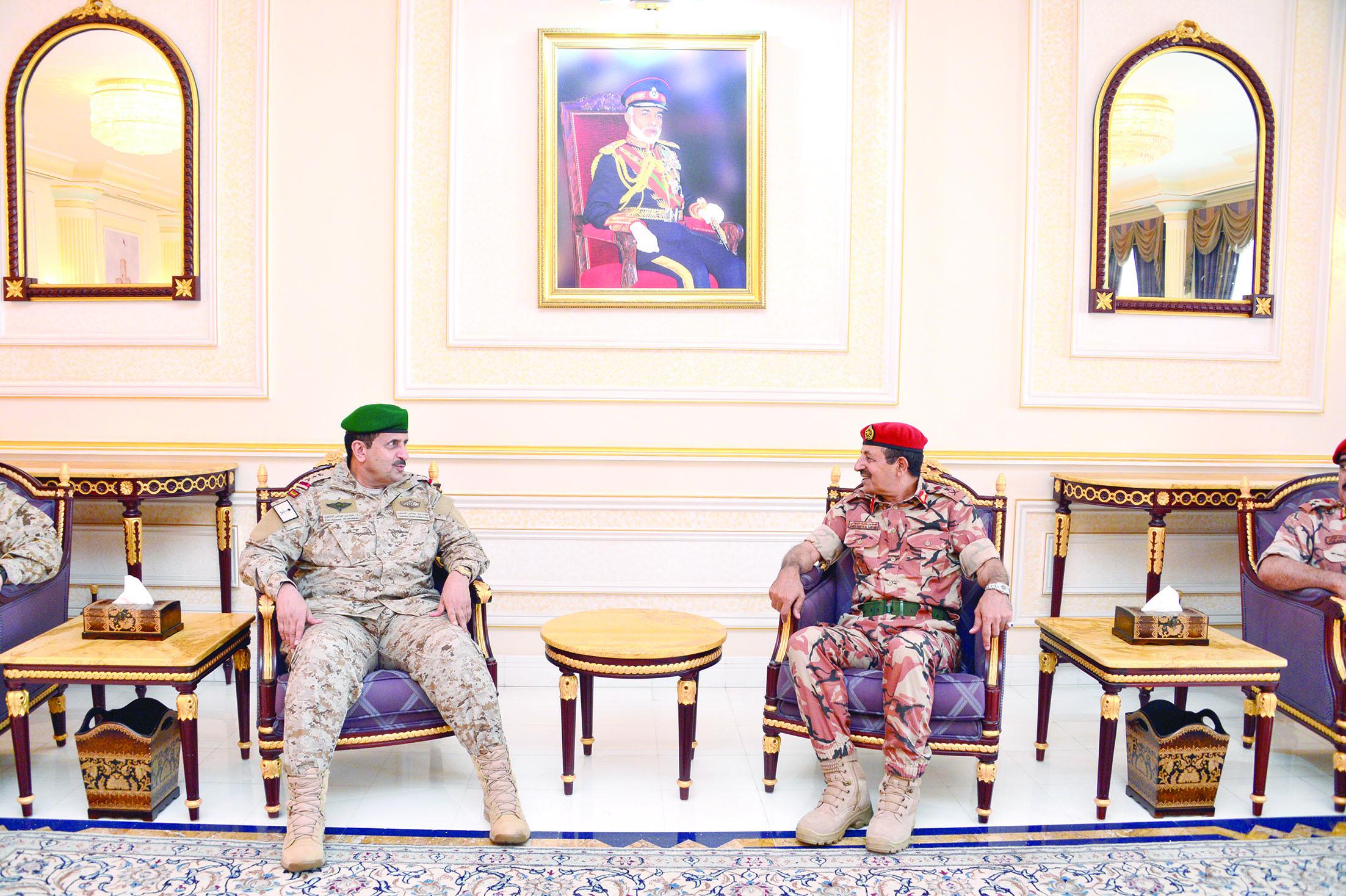 قائد القيادة العسكرية الموحدةلدول مجلس التعاون يصل السلطنة