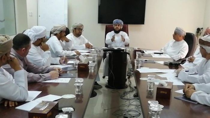 Meeting focuses on latest projects of Madayn in Al Buraimi