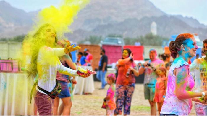 Indians in Oman celebrate Holi