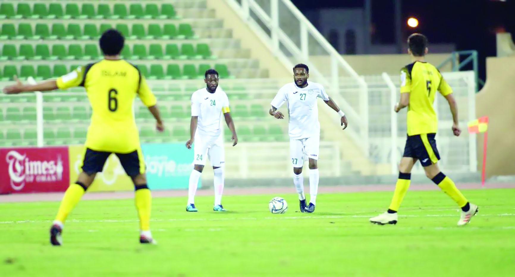 النصر يلتقي السويق بمباراة مؤجلة في دوري عمانتل
