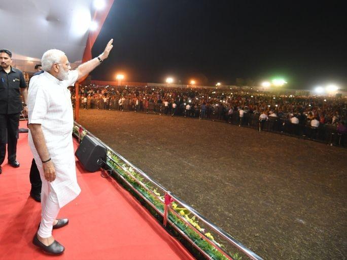 Indian election: Release of Modi biopic postponed