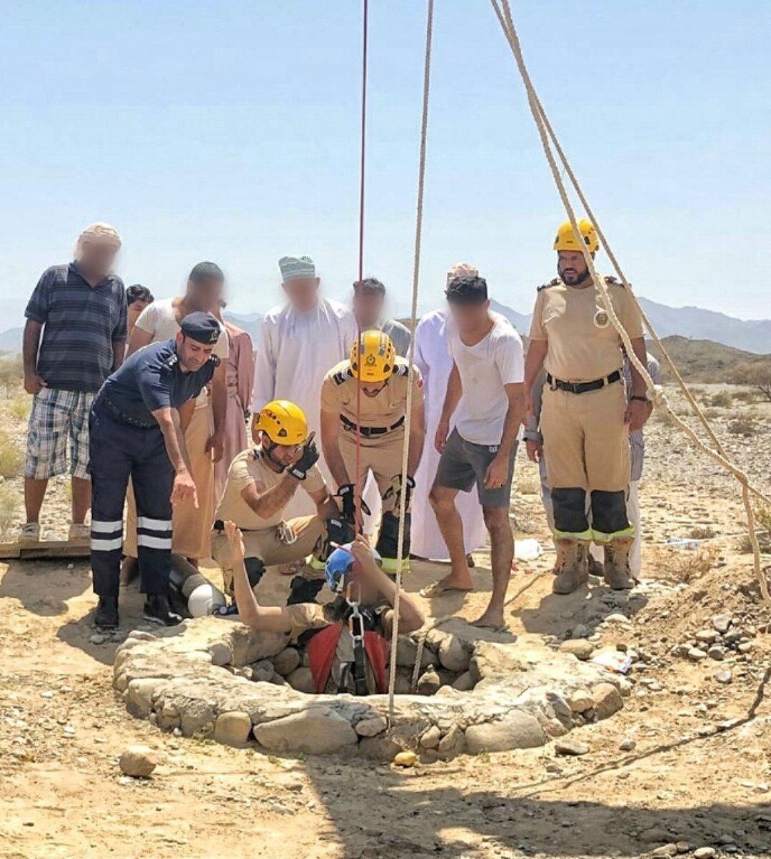 PACDA rescues Omani citizen trapped in rubble