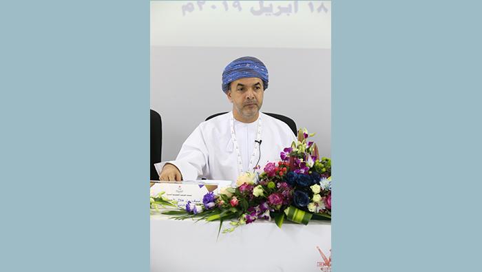 Al Hosni announces candidature for OOC chief's post