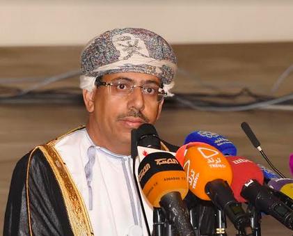 في مبادرة أطلقها وزير الإعلام.. تكريم عماني لتجارب إنسانية عربية