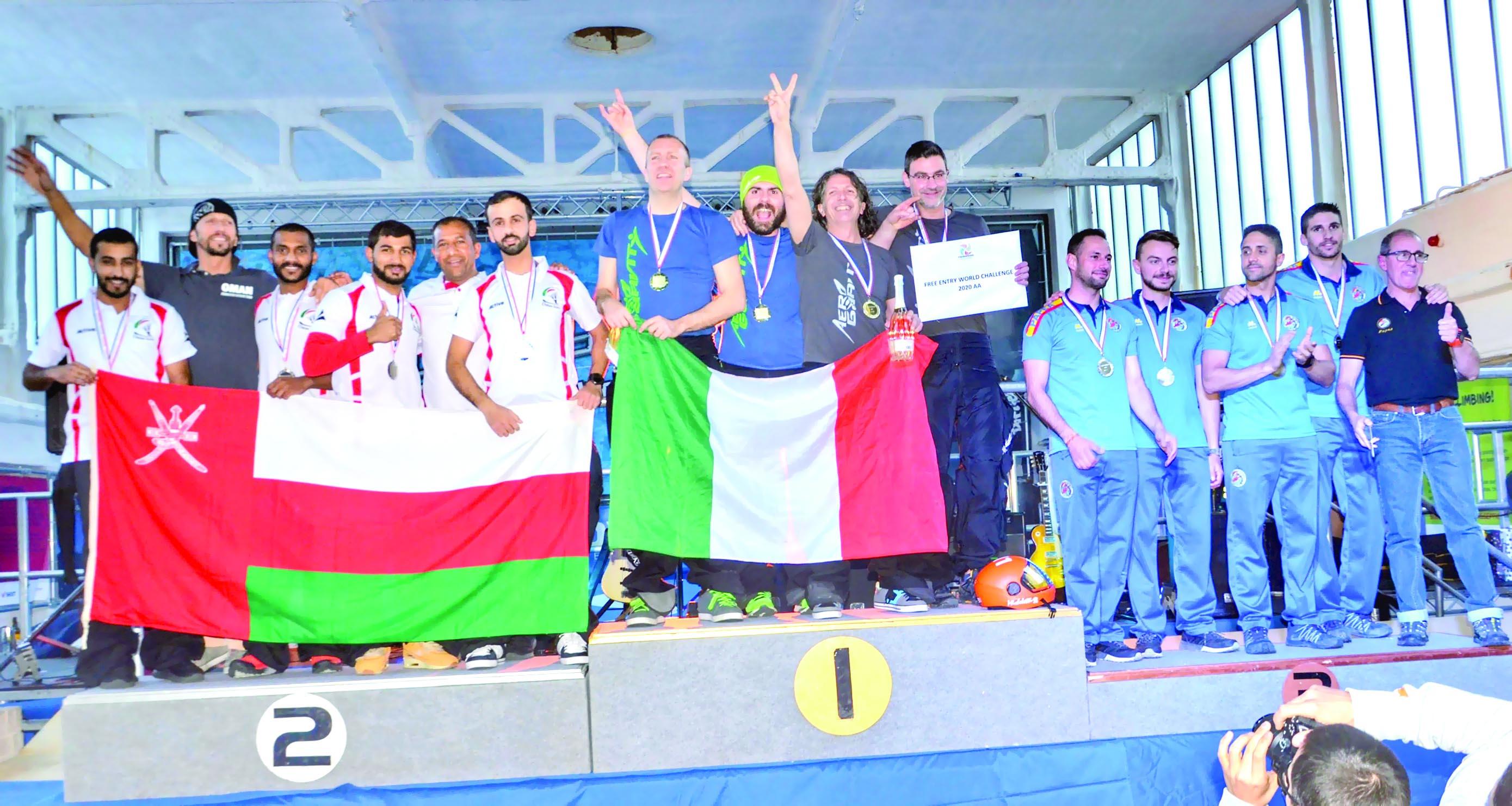 الفريق الوطني للقفز الحر يختتم مشاركته في بطولة (التحدي العالمي) للنفق الهوائي