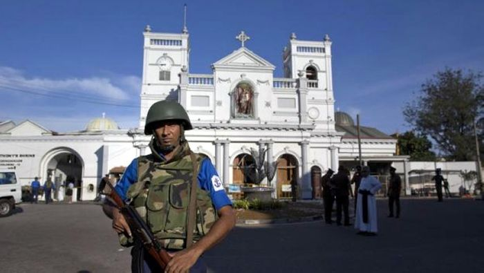 Curfew imposed in Sri Lanka after violent clashes