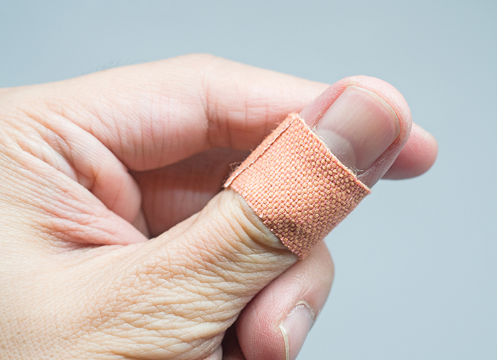 Cuts and scrapes: Simple steps to help prevent infection