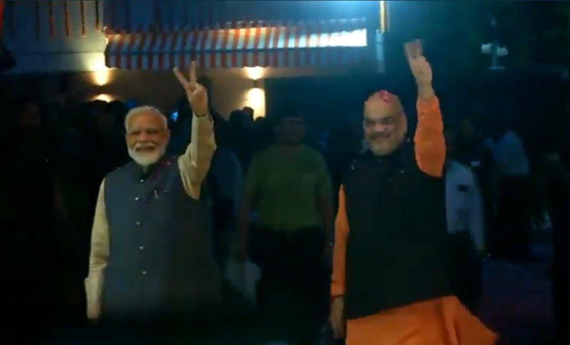 Narendra Modi leads NDA to victory, to become PM again